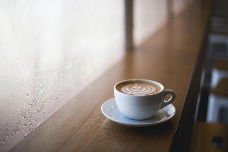 Seduto in quel caffè: poteva essere e non è stato